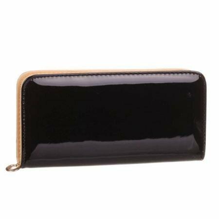 Lakovaná peněženka Daisy - černá