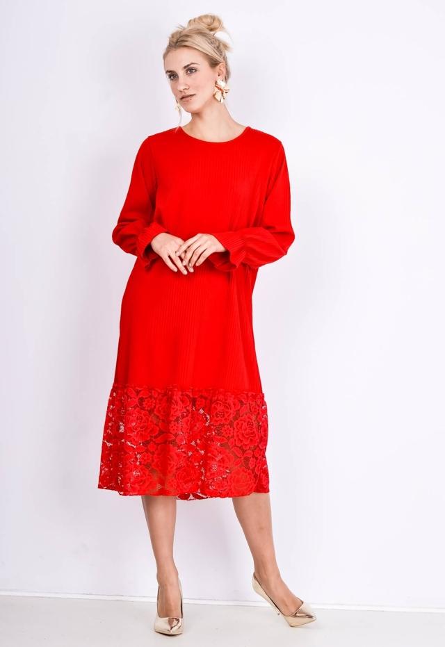 Plisované šaty s krajkou - univerzální - Červená