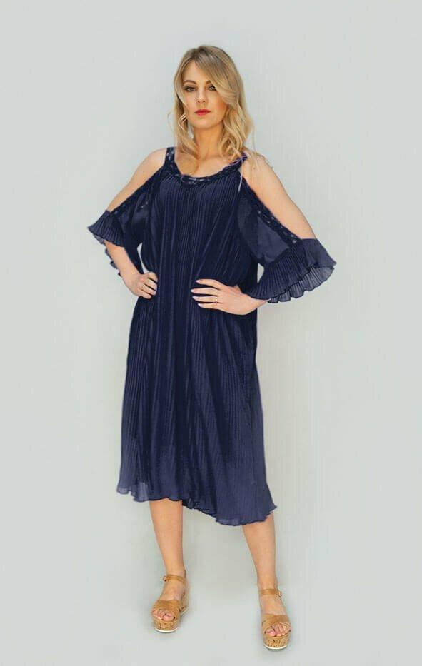 Tmavě modré plisované šaty s vykrojenými rameny (342ART) - jedna velikost - tmavě modrá