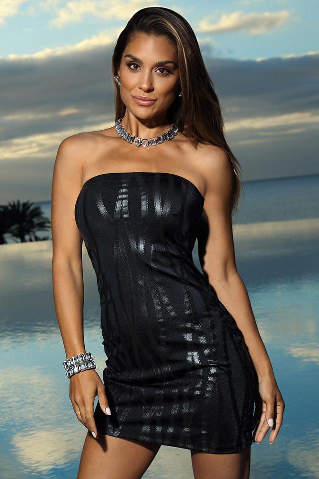 Sexy šaty model 137944 Axami - L