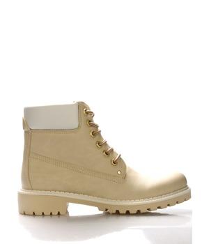 Světle béžové boty farmářky Claudia Ghizzani