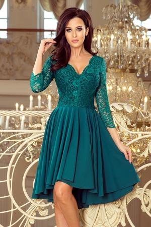 a6dfd724cc41 NICOLLE - Dámské šaty v lahvově zelené barvě s delším zadním dílem a s krajkovým  výstřihem 210