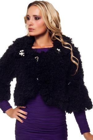 Chlupatinový kabátek