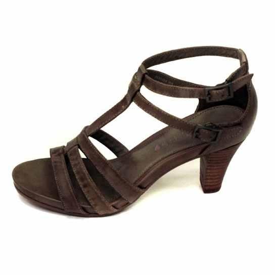 Dámská kožená obuv Comma 28300