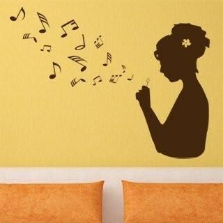 Samolepka na zeď Dívka s notami 001
