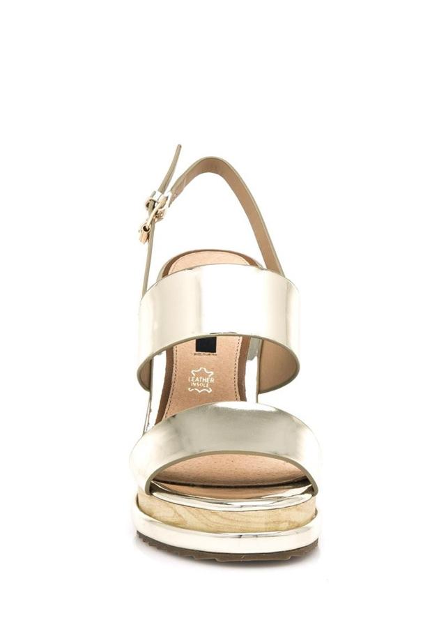 Zlaté letní sandály na dřevěném klínku MTNG(325018) - 2 bf52e1c5d24
