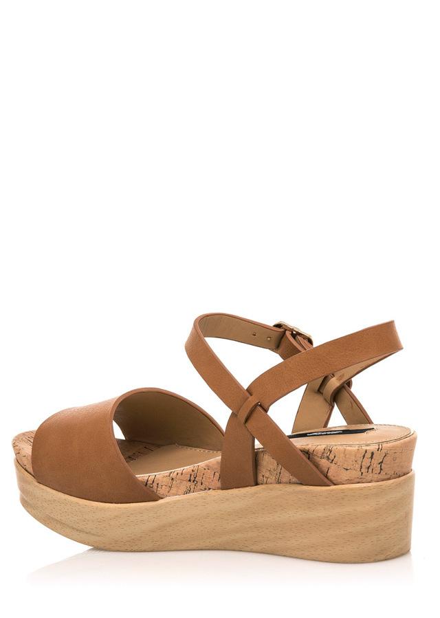 Hnědé letní sandály na dřevěné platformě MTNG(322552) - 4 7320d94208