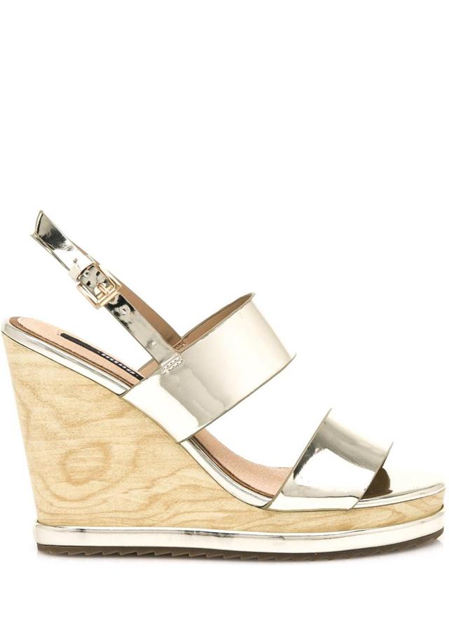Zlaté letní sandály na dřevěném klínku MTNG - 36