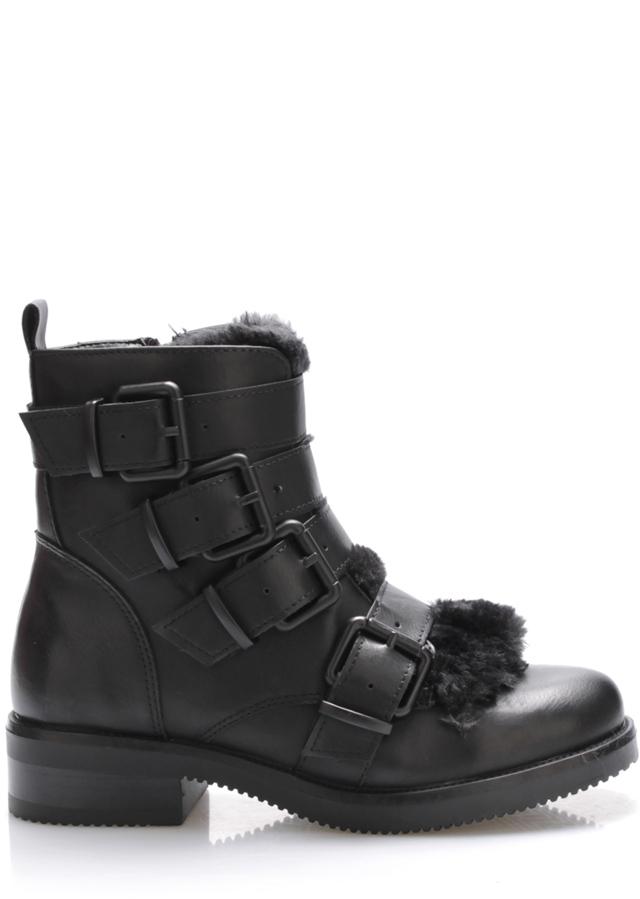 Černé boty s přezkami Claudia Ghizzani