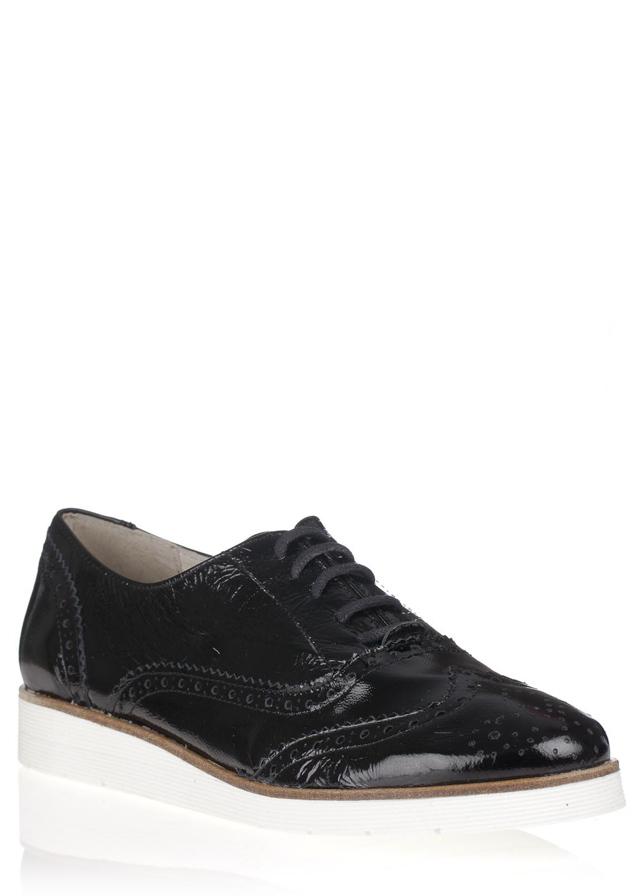 Černé kožené boty na bílé podrážce María Jaén