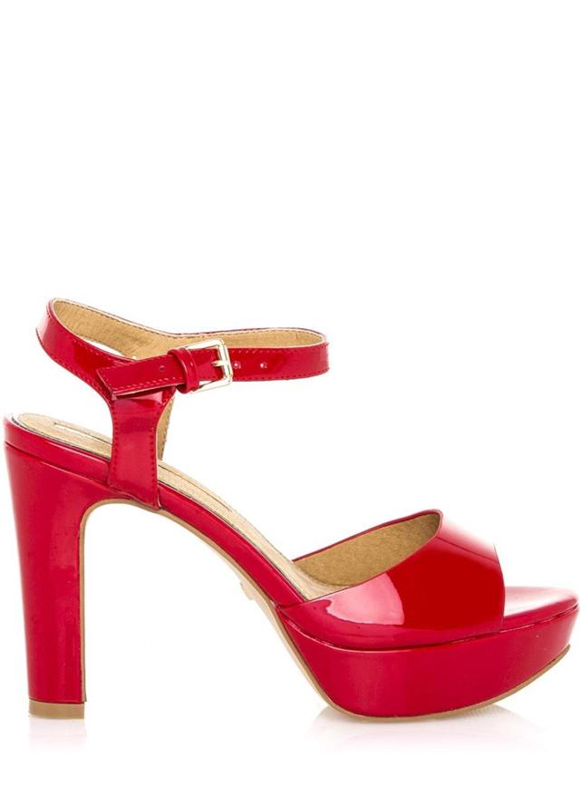 Červené lesklé sandály Maria Mare
