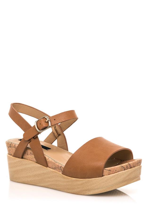 Hnědé letní sandály na dřevěné platformě MTNG(322552) - 2 f1297499d2