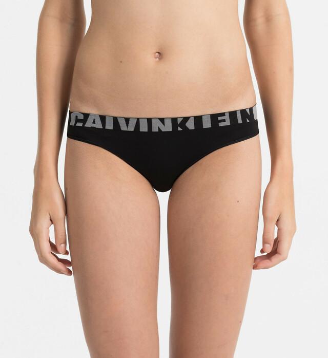 Kalhotky Seamless QF1569E černá T O Calvin Klein - L - černá