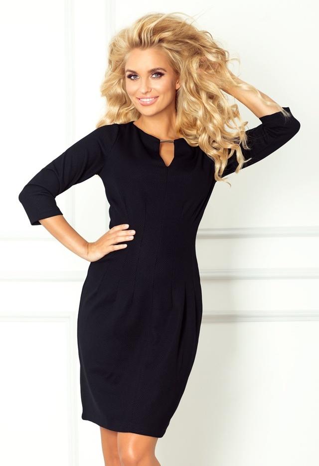 Černé šaty se sponkou 68-3