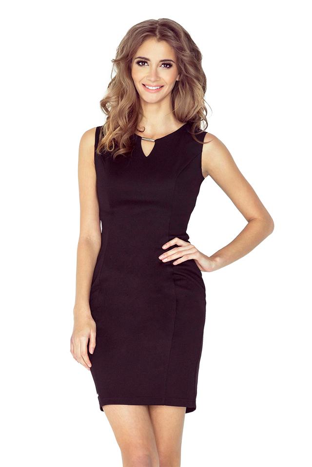 Černé elegantní šaty se sponou MM 005-3 - S ad399e2752