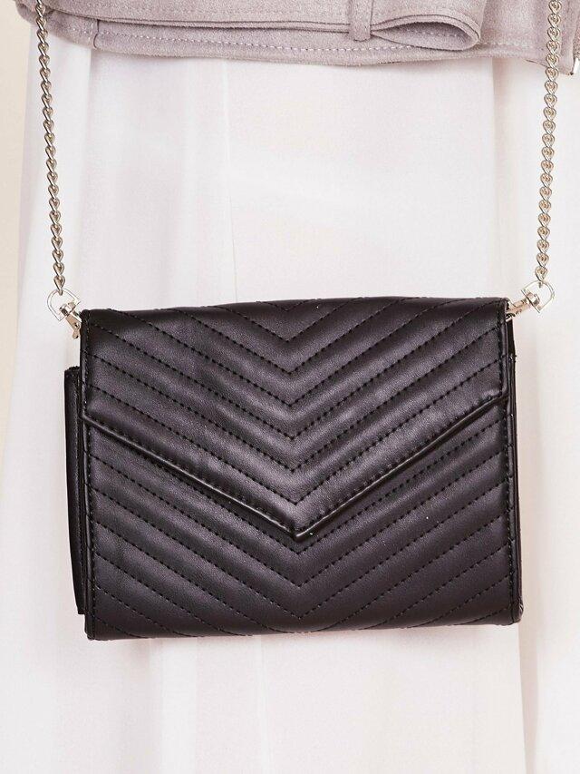 Černá kabelka na řetízku - ONE SIZE
