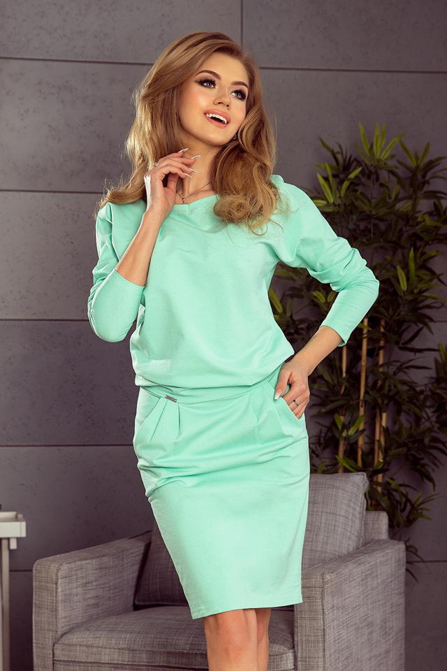 Dámské teplákové šaty v mátové barvě s výstřihem na zádech 189-1 - S fc05cb4ed9