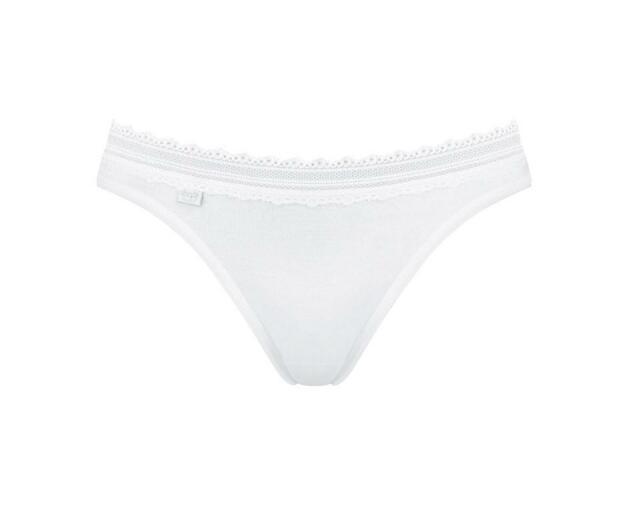Dámské kalhotky Sloggi Feel Natural Lace Tanga C2P
