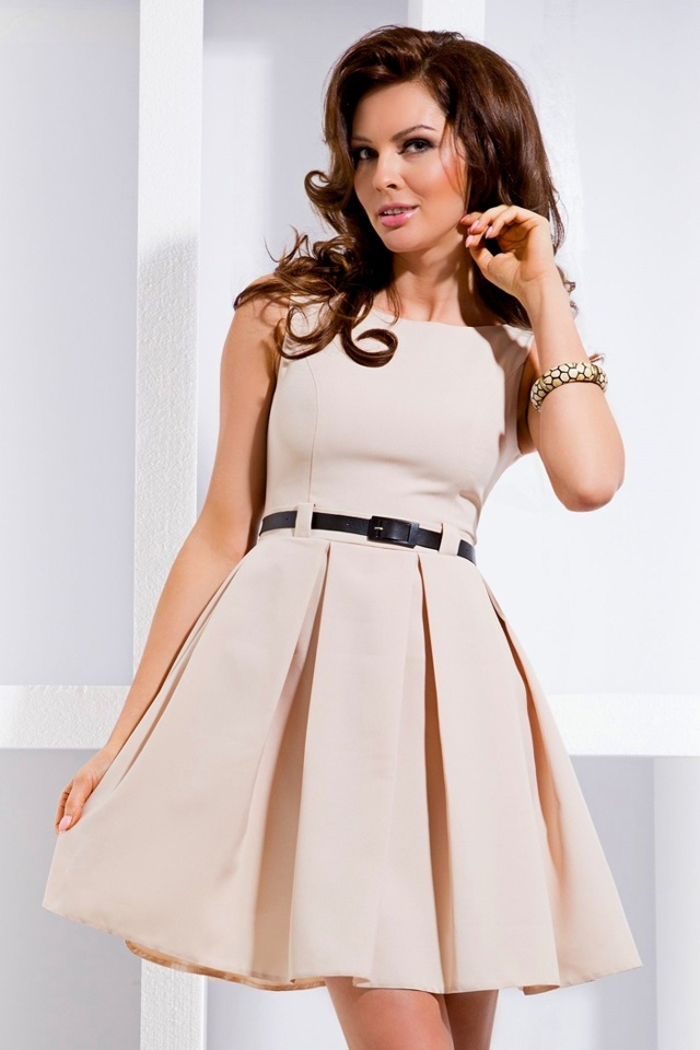 Béžové dámské šaty s kontravolány 6-1