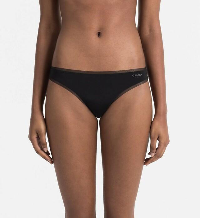 Tanga QF1666E černá - Calvin Klein - M - černá