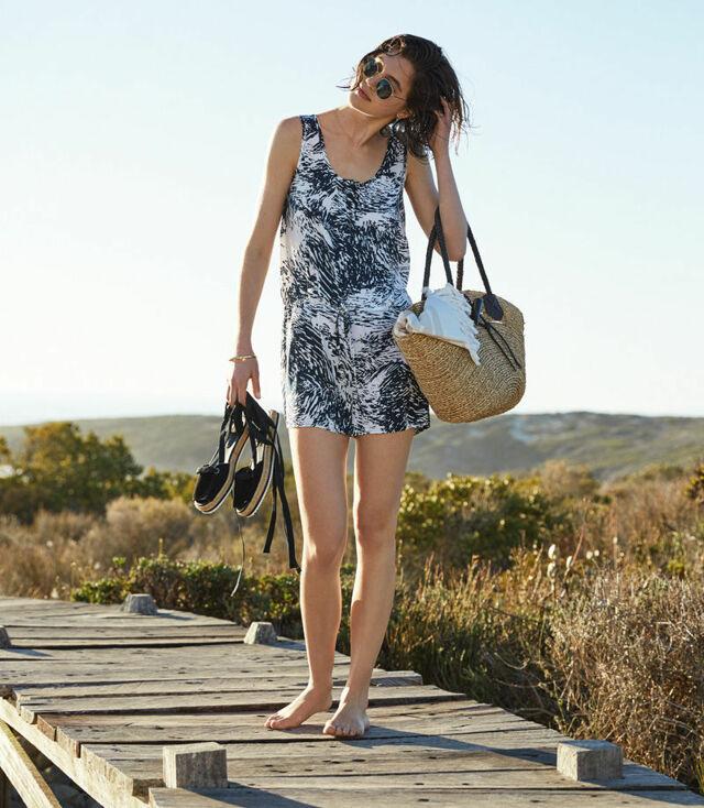 Plážové šaty Sloggi Swim Beach & Sun Jumpsuit Print