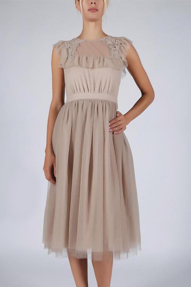 dbc0e7188c18 Béžové šaty SOKY SOKA 57004-1