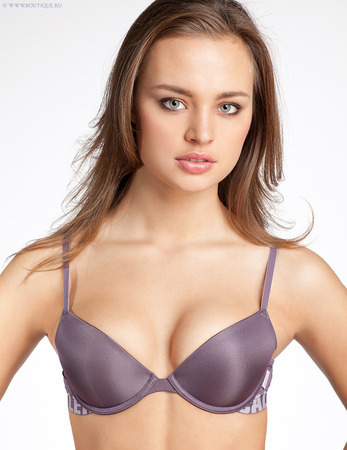 Push-up podprsenka F3382E - Calvin Klien