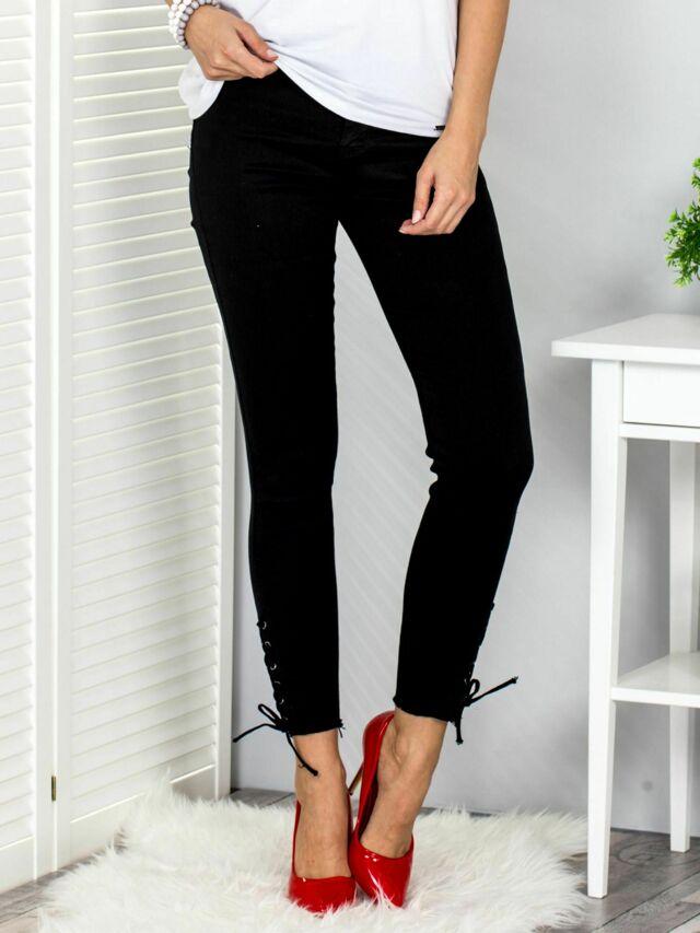 Černé dámské kalhoty se šněrováním - 34
