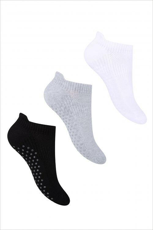 Dámské kotníkové ponožky Steven ABS art.135 - 38-40 - bílá