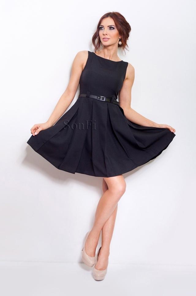 Černé šaty s kontravolány 6-4