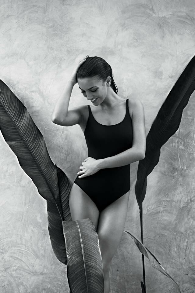 Dámské jednodílné plavky Perfect Black L8 7703 - Anita