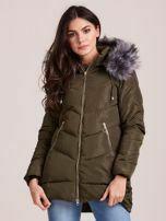 Khaki zimní bunda s kožešinou na kapuci - S