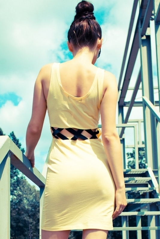 Letní mini šaty