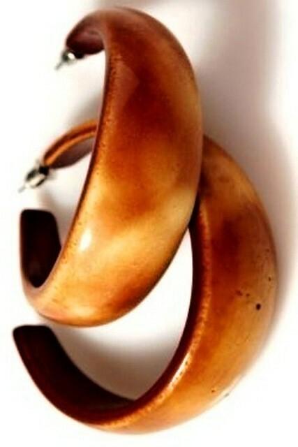 Náušnice - vzhled dřeva