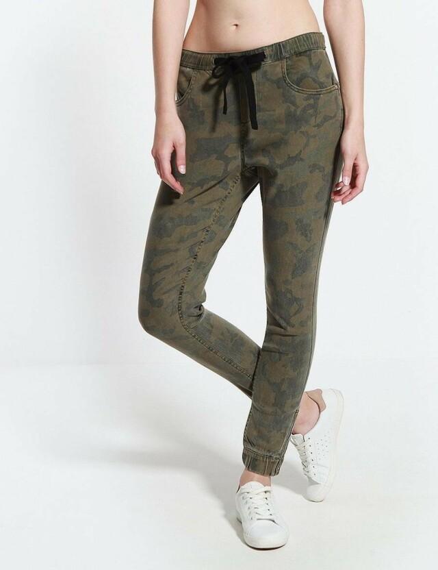 Diverse Kalhoty dámské JACA maskáčové na gumu - 40