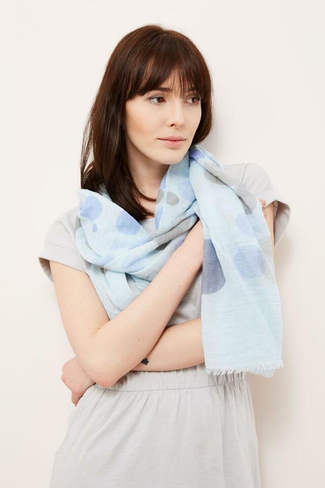 Moodo šátek dámský světle modrý s kolečky