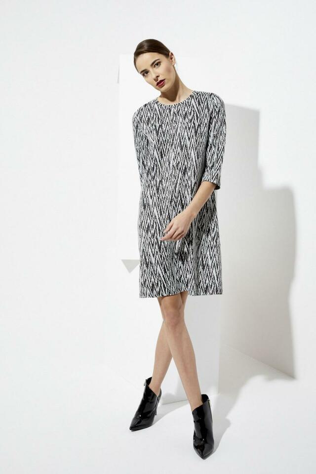 Moodo šaty dámské vzorované s 3/4 rukávem