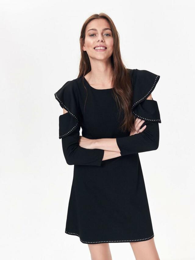 Top Secret Šaty dámské černé s volánkem a průstřihem na 3/4 rukávu - 36